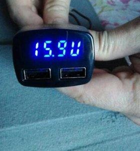 Зарядное устройство в прикуриватель USB, вольтметр