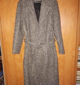 Пальто демисезон 48 р-р новое