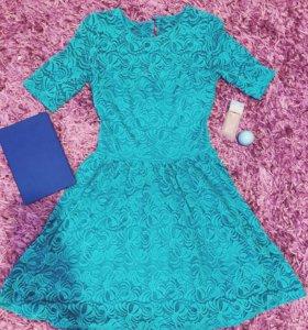 Платье(цвет бирюза) размер 42-44
