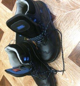 Спец.обувь мужская новая р42