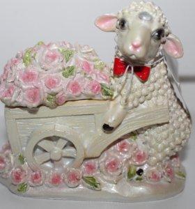 Шкатулка овечка новая