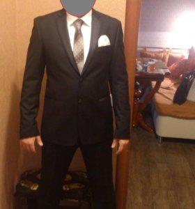 Костюм черный (пиджак, брюки,галстук, рубашка)