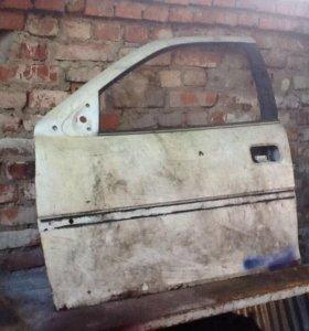 Дверь передняя левая ( водительская ) Опель вектра