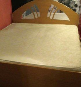 Кровать б/у 1,8 х 2,0 м