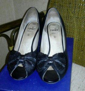 Туфли р.38,5
