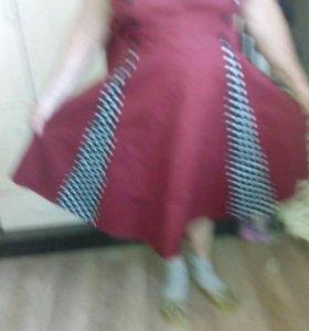 Платье новое ,очень красивое