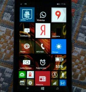 Смартфон Nokia Lumia 735