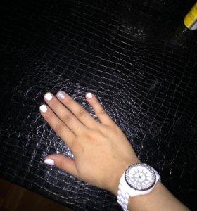 Маникюр и шеллак покрытия