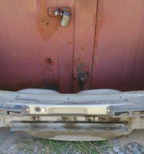 Кузов -правая и левая стороны рено,крыша,двери.