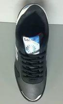 Черные с синим кроссовки новые.