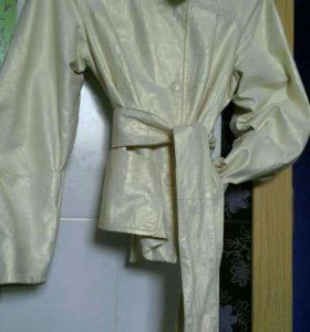 Куртка кожаная р-р 42-44
