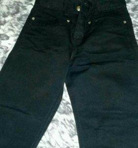 Черные джинсы Gucci