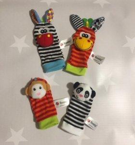 Носочки погремушки для малышей