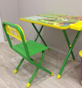 Комплект стол и стул деткий
