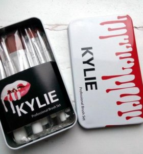 Набор кистей KYLIE в контейнере 12 шт