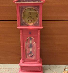 Напольные часы для кукол.