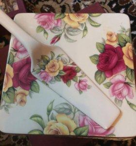 Подставка под торт. Подарочный набор
