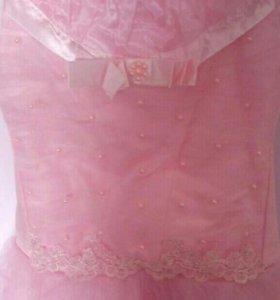 Платье на праздничный бал.