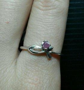 Кольцо серебро, фианит размер 18,5