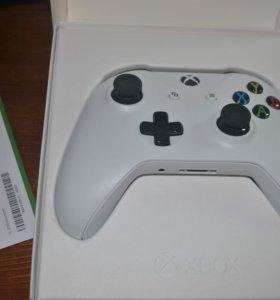 Xbox One S белый геймпад
