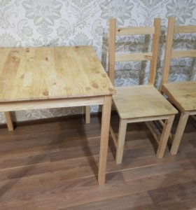 Стол и стулья ikea