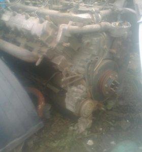 Двигатель EV700 Hino