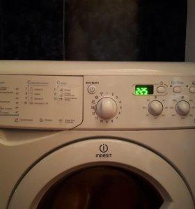 Стиральная машинка INDESIT автомат