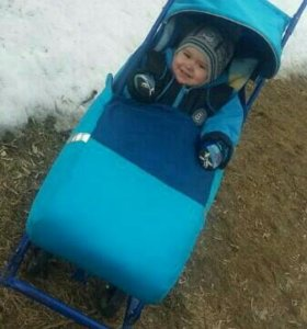 Детские санки,с большими колёсиками