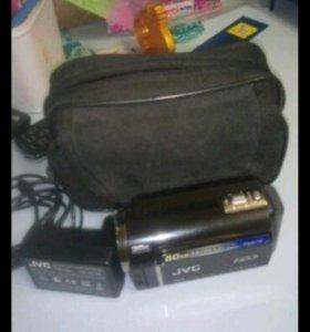 Видеокамера JVC Everio GZ-MG364BER