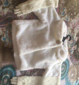 Шубка и перчатки