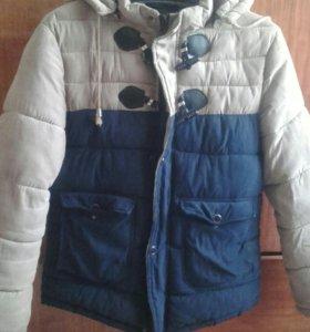 Зимняя куртка на мальчика.
