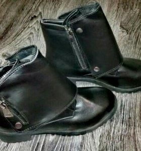 Новые ботинки 35 размер