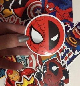 Наборы виниловых наклеек. Стикеры Marvel, DC