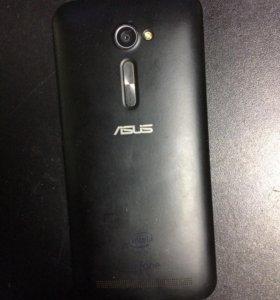 Телефон ASUS Rhone Model: ZE500CL
