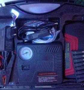 Зарядное устройство для машины.Новая в упаковке!!