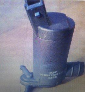 Моторчик омывателя ВАЗ 2112 2111 2110