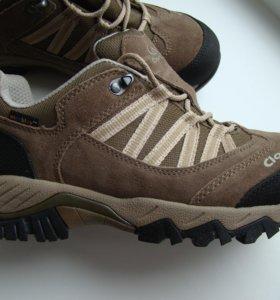 Новые ботинки Clorts 40р