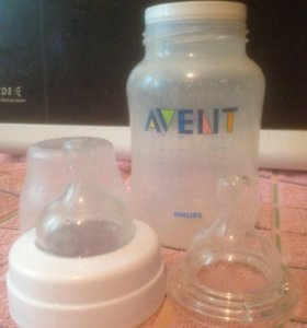 Бутылочка для кормления