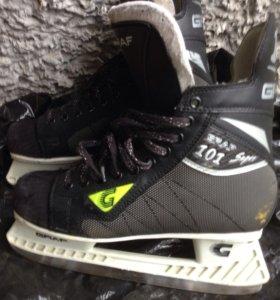 Коньки хоккейный Graf 101