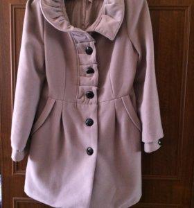 Продаётся пальто осень-весна