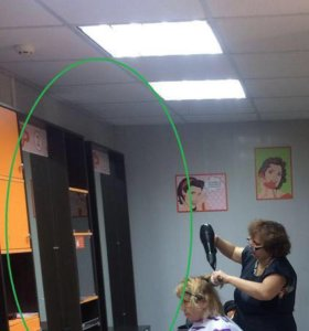 Рабочее место парикмахера шкаф с зеркалом