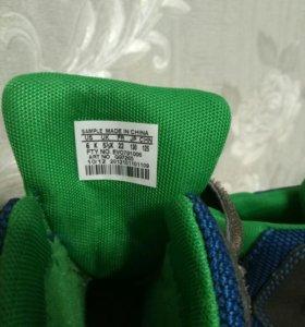 Детские ботинки adidas primaloft 22
