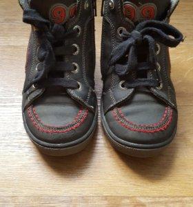 Ботинки для мальчика размер 27