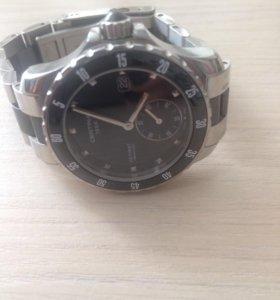 Часы швейцарские Certina