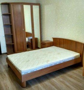 Новая спальня lazurit кровать,тумба,шкаф +подарок