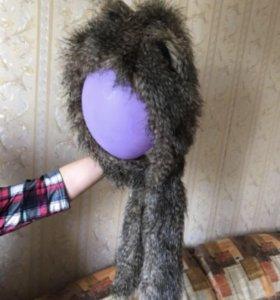 Шапка с ушками; натуральный мех енот с чернобуркой