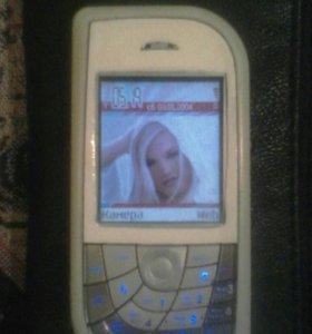 Nokia 7610 (лепесток).