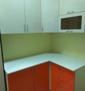 Кухонный гарнитур 1.5*1.2 м глянец МДФ