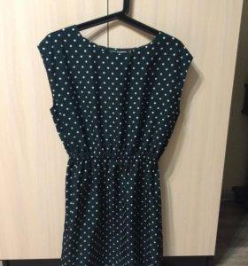 Красивое платье ,выглядит эффектно