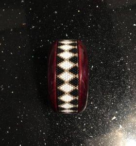 Продаётся браслет новый